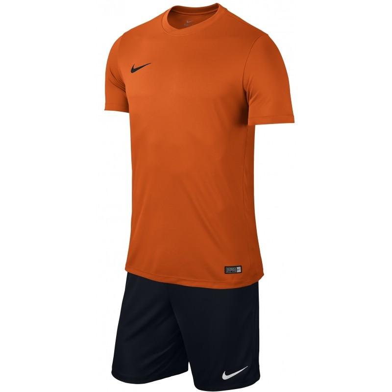 Equipación Nike Park VI