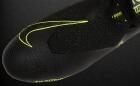 Botas de Fútbol Nike Phantom Negro / Amarillo Flúor