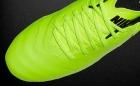 Botas de Fútbol Nike Tiempo Amarillo Flúor / Negro