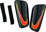 Espinillera de Fútbol NIKE Hard Shell Slip-In SP2101-010